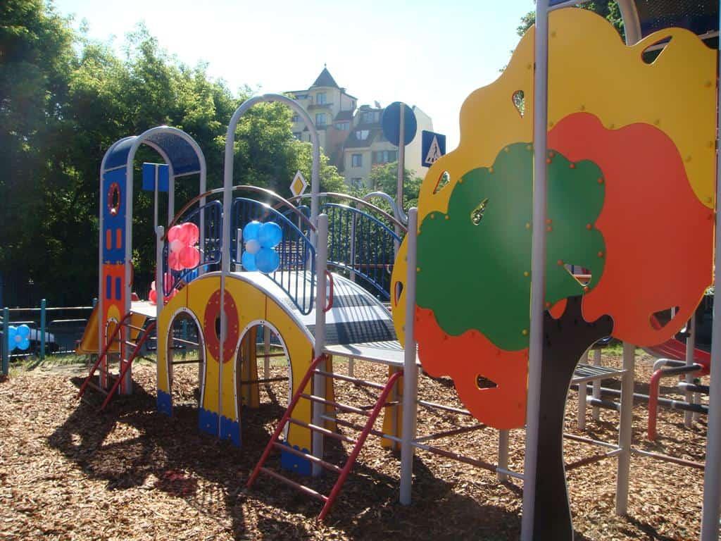 Детска площадка Еко-сити
